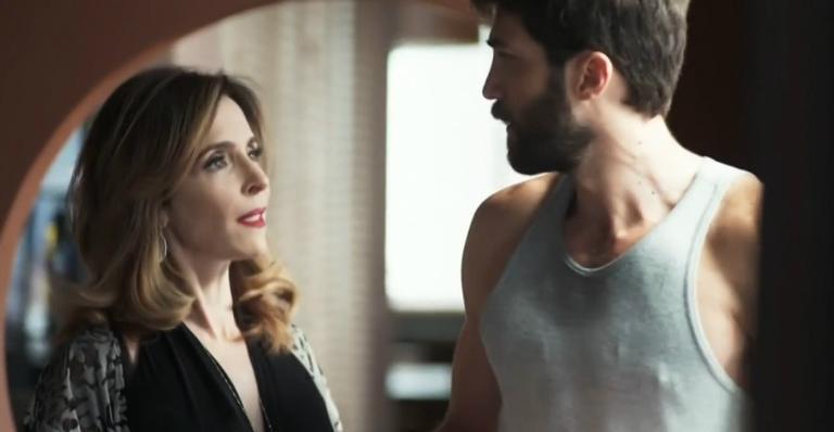 Deborah Evelyn como Lyris e Rafael Queiroz como Rael em 'A Dona do Pedaço'