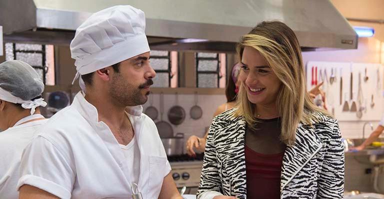 Abel (Pedro Carvalho) e Britney (Glamour Garcia) em A Dona do Pedaço