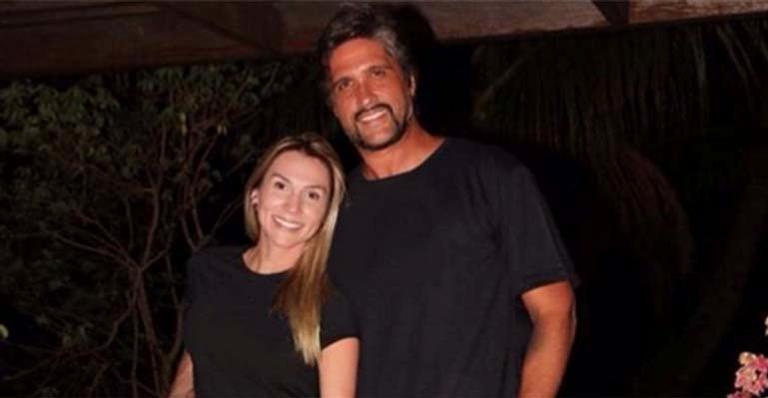 Cantor sertanejo se separa da mulher após 14 anos juntos: 'A partir de agora, seguimos caminhos separados'