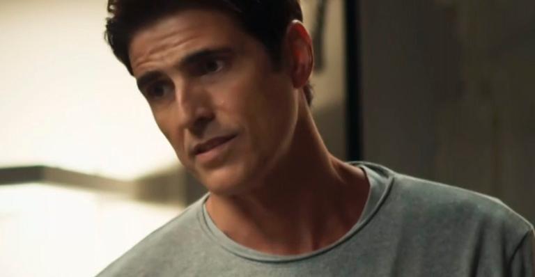 Reynaldo Gianecchini como Régis em 'A Dona do Pedaço'