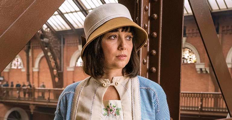 Simone Spoladore na novela Éramos Seis