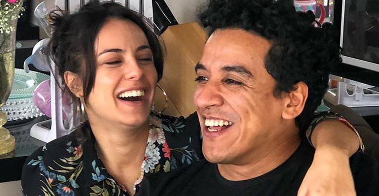 Atriz surpreende ao revelar seu casamento com ator do Multishow: 'Me casei pela primeira vez na vida'