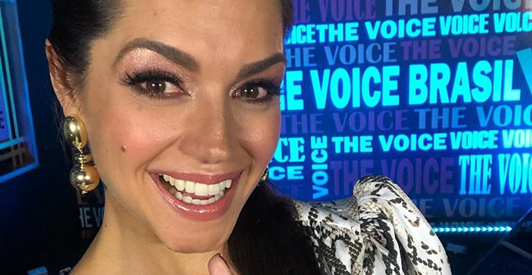 Thais Fersoza nos bastidores do The Voice Brasil