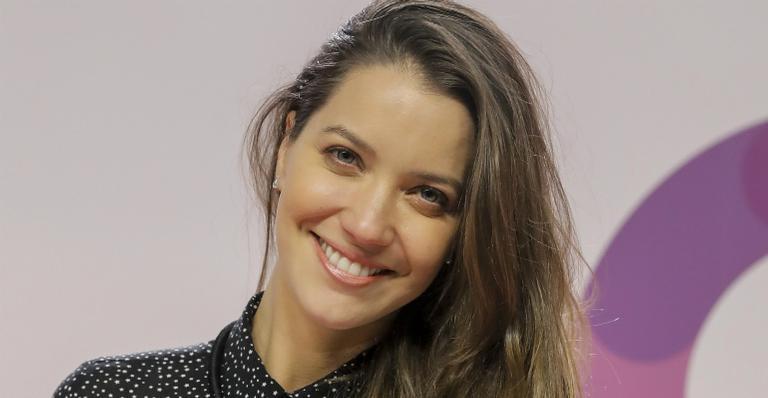 Nathalia Dill divide raro registro com noivo gato durante Rock in Rio