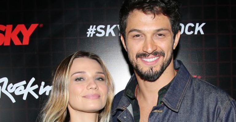 No Rock in Rio, esposa do ator causou com look sofisticado, transparente e sexy