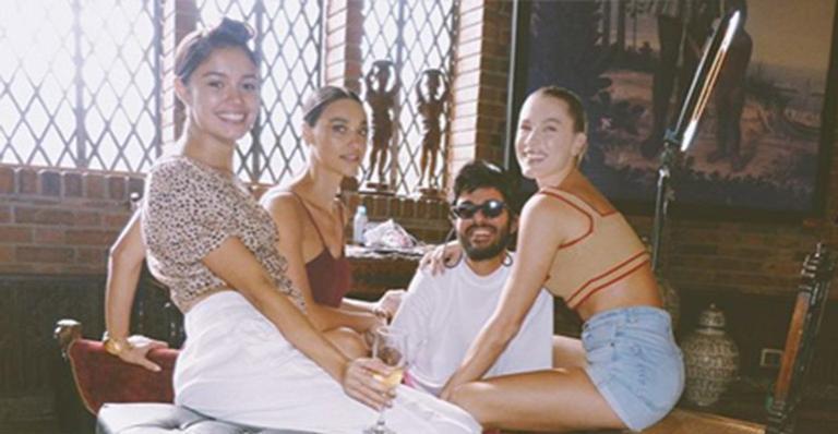 Sophie Charlotte, Débora Nascimento e Fiorella Mattheis são as madrinhas do casamento de Thaila Ayala e Renato Góes