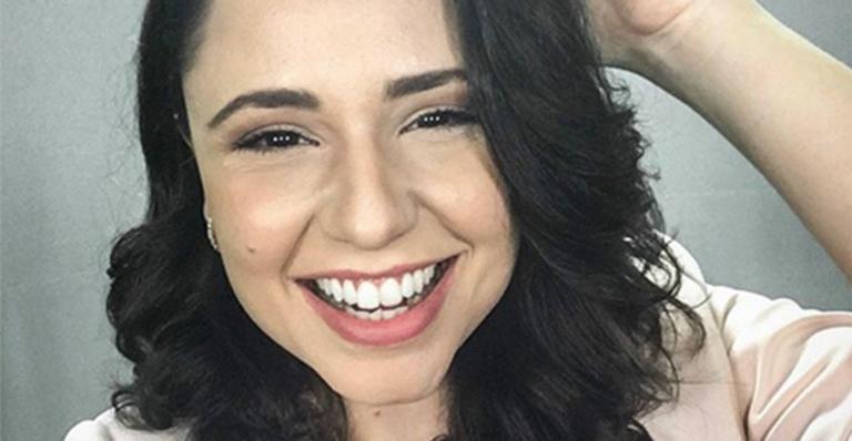 Ex-Chiquititas, atriz aparece nua ao ir em praia de naturismo na Paraíba