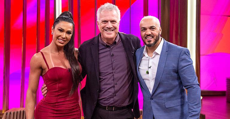 Gracyanne Barbosa, Pedro Bial e Belo no programa Conversa com Bial