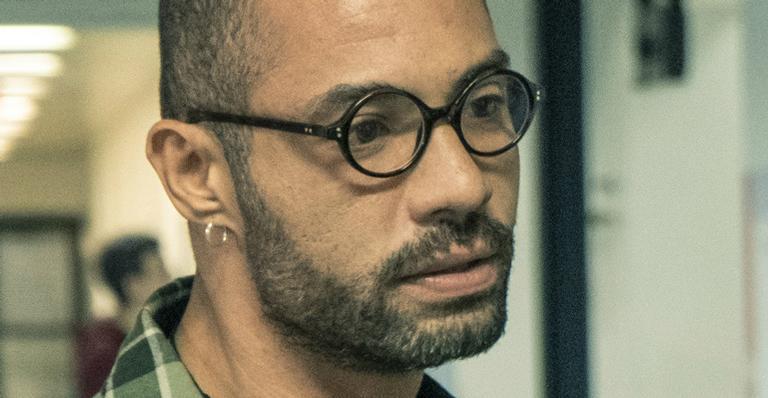 Silvio Guindane como Marco André em 'Segunda Chamada'