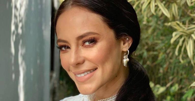 A atriz está fazendo o maior sucesso com sua personagem Vivi Guedes na trama