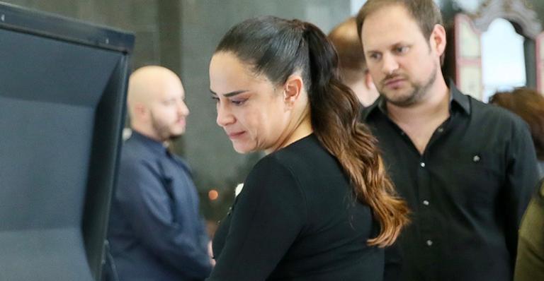 Filha de Silvio Santos comove com atitude no velório do apresentador em São Paulo