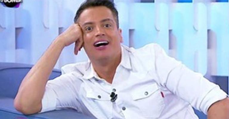 Após demissão, colunista revela que já tem acordo com nova emissora: 'Maior desafio da minha vida'