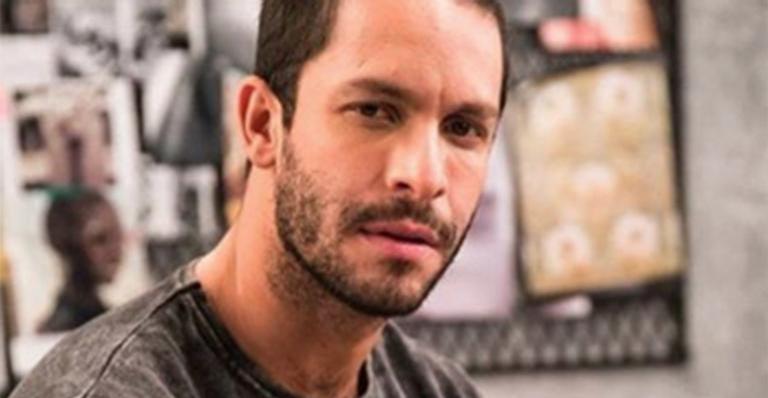 No auge da carreira, ator perde o pai com quem ficou sem falar por 20 anos