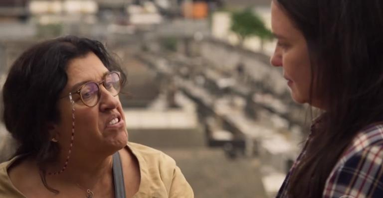 Personagens de Adriana Esteves e Regina Casé vão brigar em 'Amor de Mãe'; entenda
