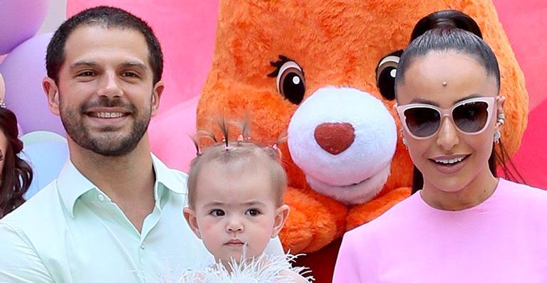 Bolo do aniversário da filha de Sabrina Sato e Duda Nagle chocou fãs; veja