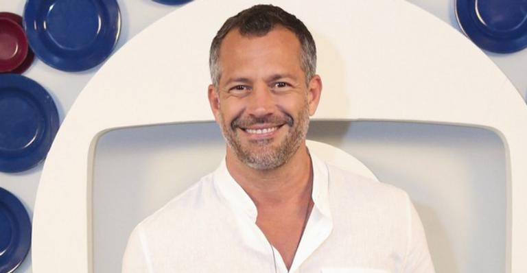 Depois de não renovar contrato com a Globo, o ator foi escalado para próxima novela adolescente