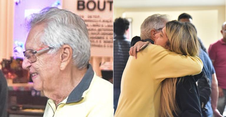 Morrendo de saudades, apresentador do SBT protagonizou momento comovente com a filha