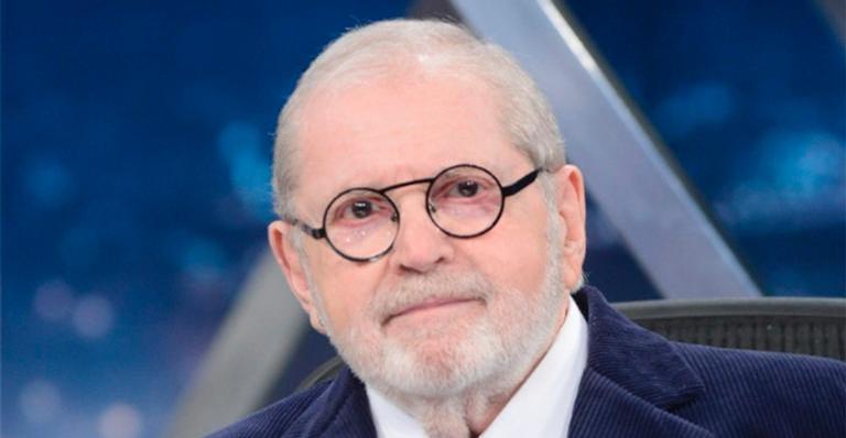 Ex-apresentador da Globo prestigia o programa do amigo durante período longe da TV