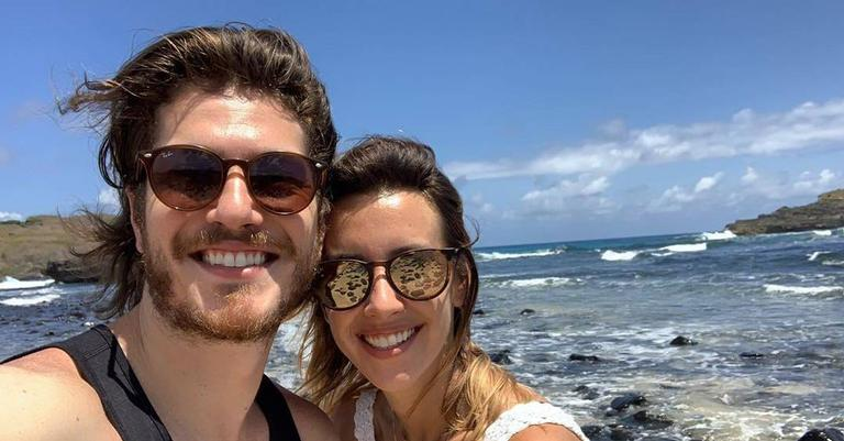 O casal aproveitou para fazer trilha nesta quarta-feira (26)