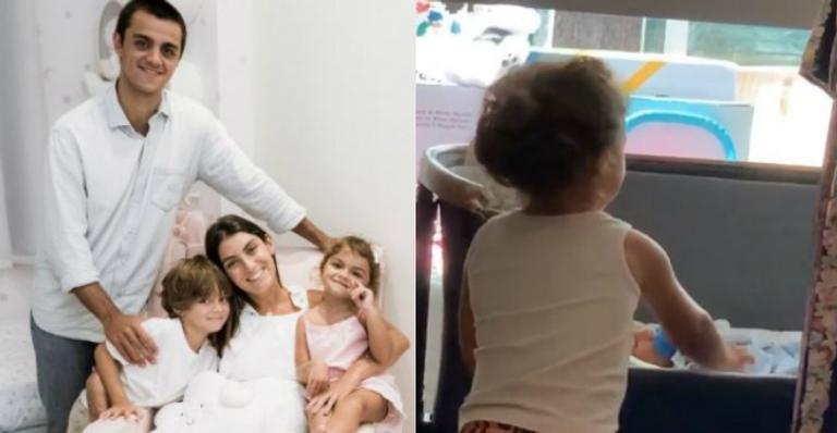 Mariana Uhlmann comoveu fãs ao flagrar filha cuidando do caçula