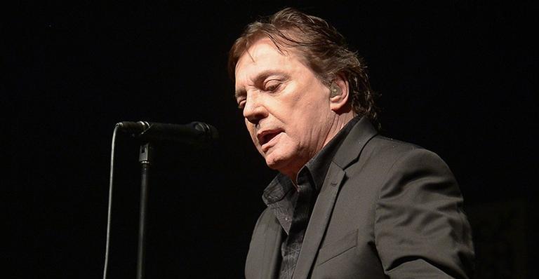 Saiba os últimos detalhes sobre o estado de saúde do cantor de 66 anos