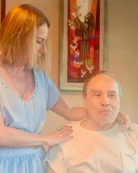 Maria Saade presta linda homenagem ao marido, Stênio Garcia e se declara