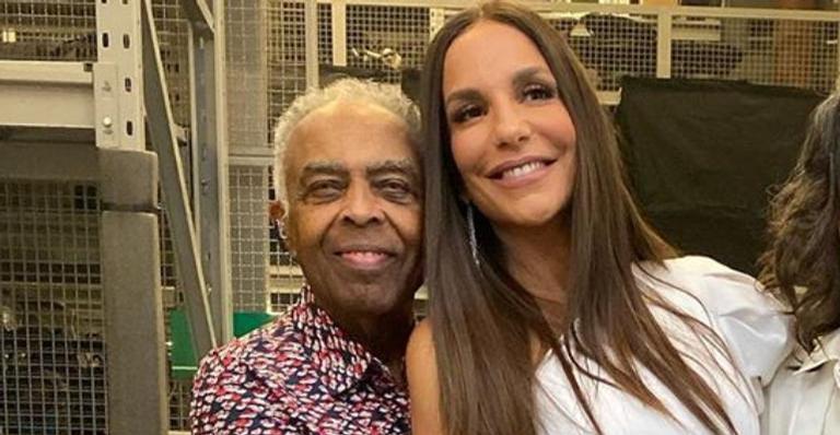 A cantora lamentou saudades do amigo em suas redes sociais