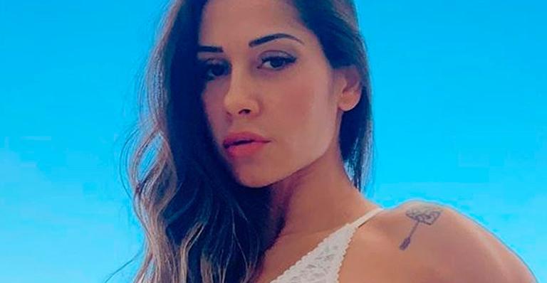 Mayra posou com lingerie ousada e causou na web; veja