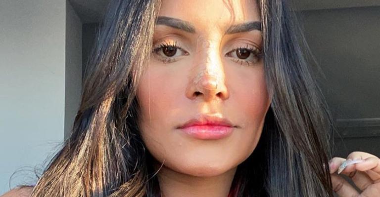 A cantora declarou estar bem feliz com o novo nariz após a cirurgia plástica