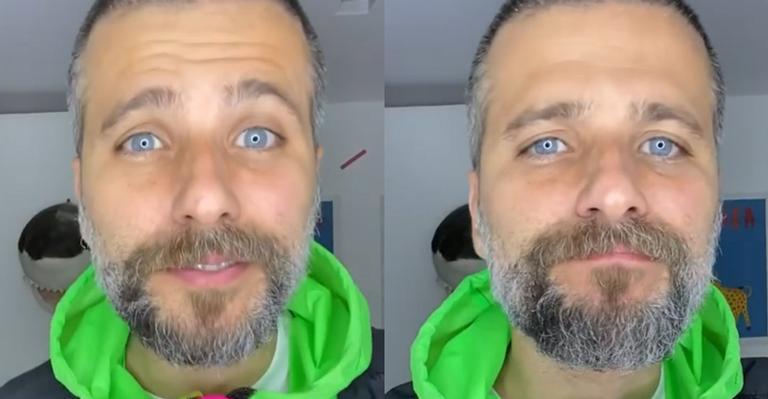 O ator ganhou a aprovação dos fãs ao apostar só em um cavanhaque e bigode