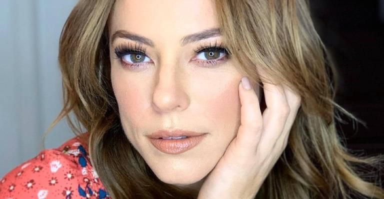 A atriz aproveitou o TBT para matar a saudade de sua personagem marcante em A Dona do Pedaço