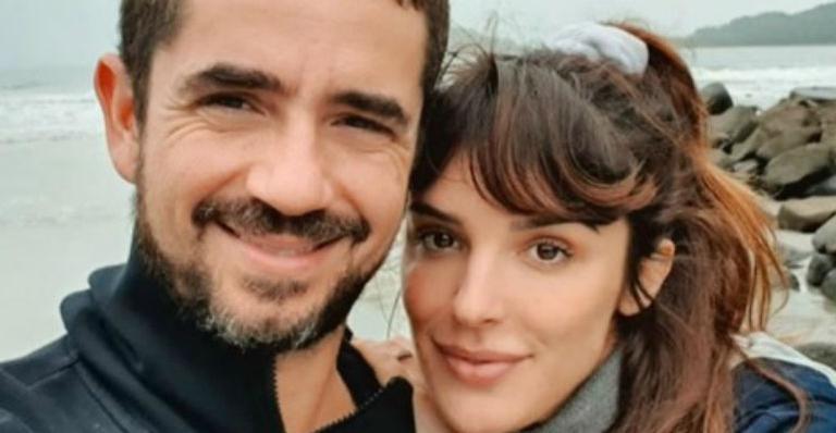 Apresentadora surge em clique com Felipe Andreoli e seguidores ficam comovidos