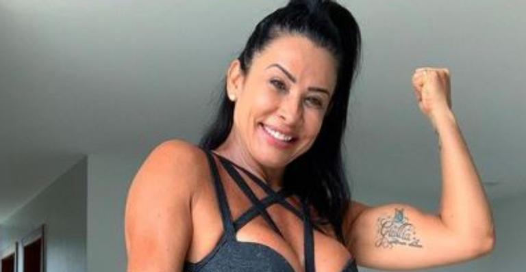 Dançarina deixou web babando ao exibir corpão musculoso após treino pesado