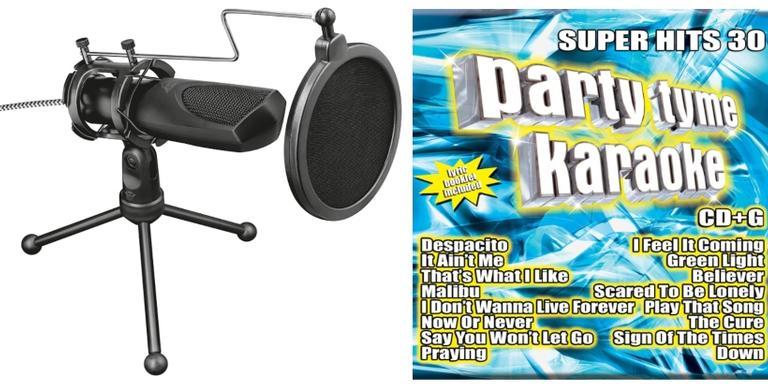 Microfone, aparelho de karaokê e CDs para começar a festa com muita diversão
