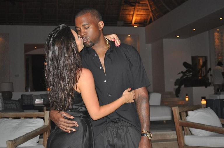 Após preocupar os fãs com publicações, ela diz que Kanye West precisa de ajuda