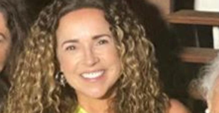 A cantora compartilhou em suas redes sociais um registro especial de toda a família reunida