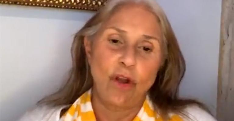 Com 45 anos de carreira, ela soltou o verbo ao contar que está fora do radar das grandes marcas