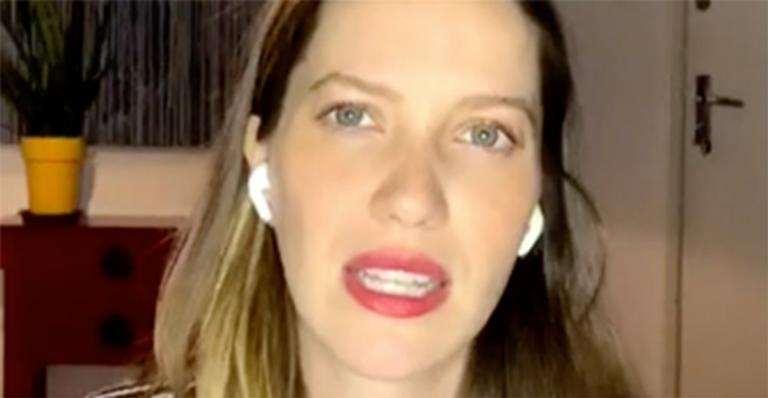 A atriz disse que, apesar do shape 'sequinho', ela sente os fortes sintomas da gravidez