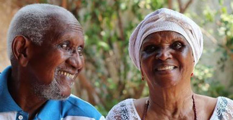 Atriz que faleceu neste sábado (8) teve um único amor com quem viveu um casamento de 64 anos