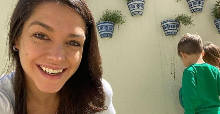 Ela e Michel Teló têm passado muito mais tempo com os filhos, Melinda e Teodoro