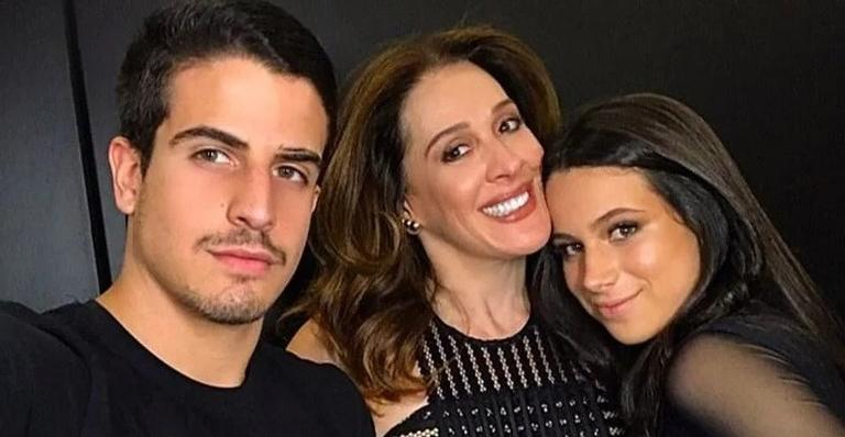 A atriz está sempre dividindo bons momentos ao lado dos filhos, Enzo Celulari e Sophia Raia.