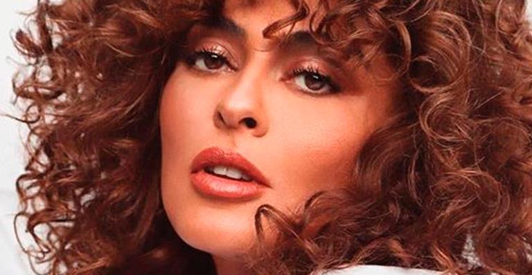 Aos 41 anos, atriz esbanjou beleza em cliques super produzidos; veja