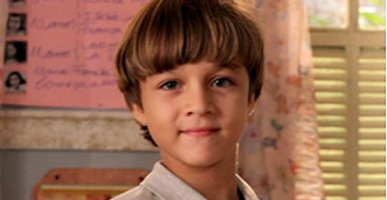 Atualmente com 15 anos, o ator relembrou como foi atuar ao lado de grandes atores