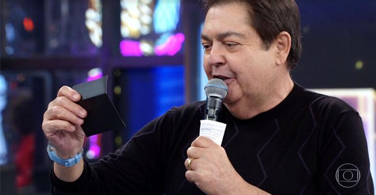 Ao contrário do esperado, não é o cantor Vitão quem foi escolhido para a competição; veja