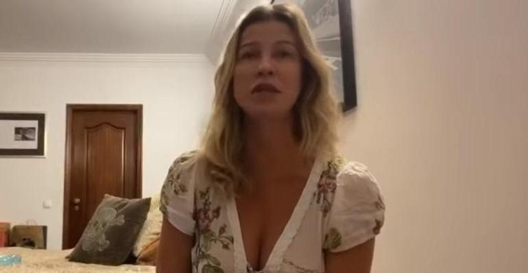 A atriz sentiu os primeiros sintomas após realizarum passeio em Paris, na França