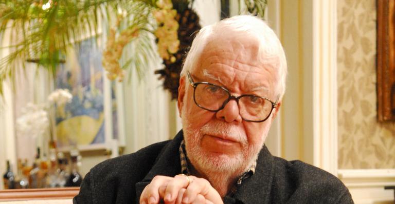 Um dos pioneiros da televisão brasileira falou sobre críticas e de uma possível volta as telinhas