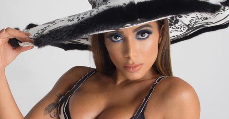 Cantora exibiu novo visual e colecionou elogios dos seguidores