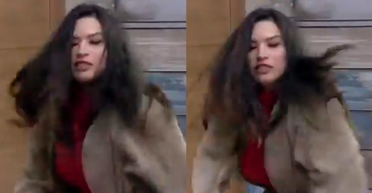 Após discutir com Luiza Ambiel, Raissa não segurou as emoções e destruiu cenário do reality; veja vídeo