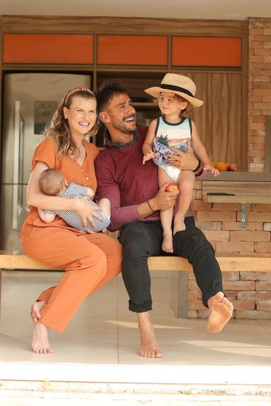 Karoline Kleine, Julio Rocha e os filhos José e Eduardo