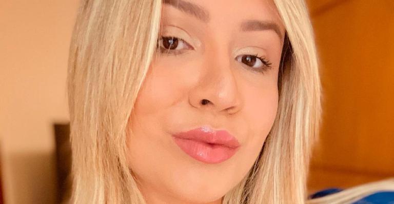 Cantora explode fofurômetro ao mostrar pequeno Léo cheio de estilo em novo clique